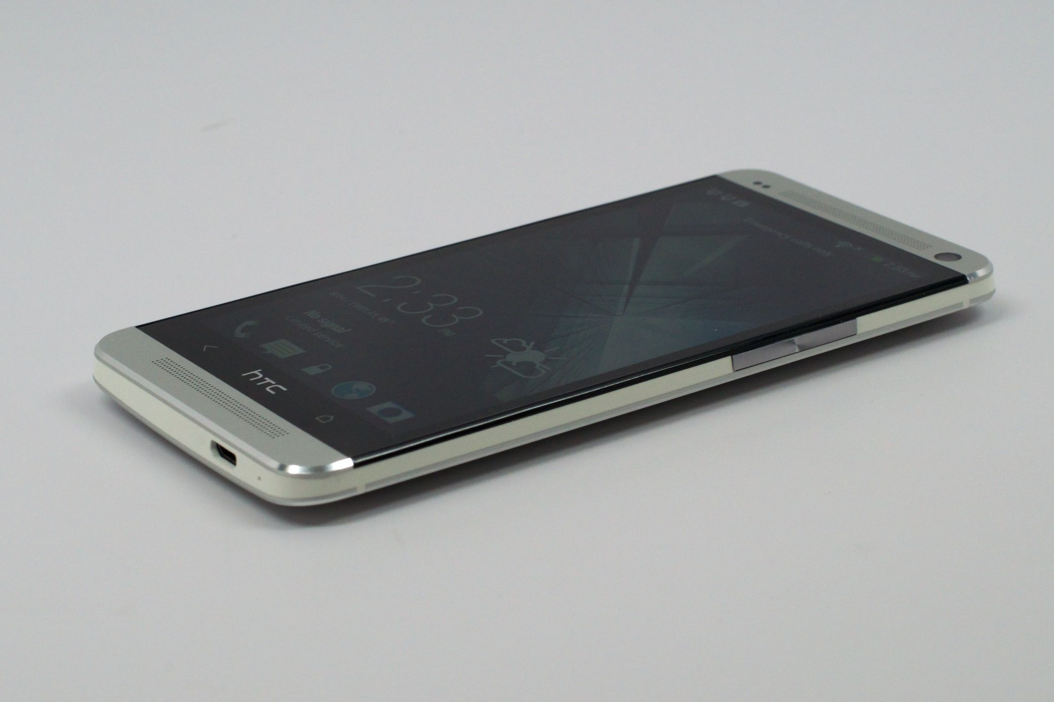 HTC One Android 4.2 Update,HTC one,HTC one Review,HTC one pros and cons,HTC,HTC latest model,HTC one features,Best smartphone,HTC smartphones,iPhone 5,Samsung galaxy s4,s4,latest smartphone,best smartphone,smart phone,best mobile,new smartphones, latest smartphones of 2013