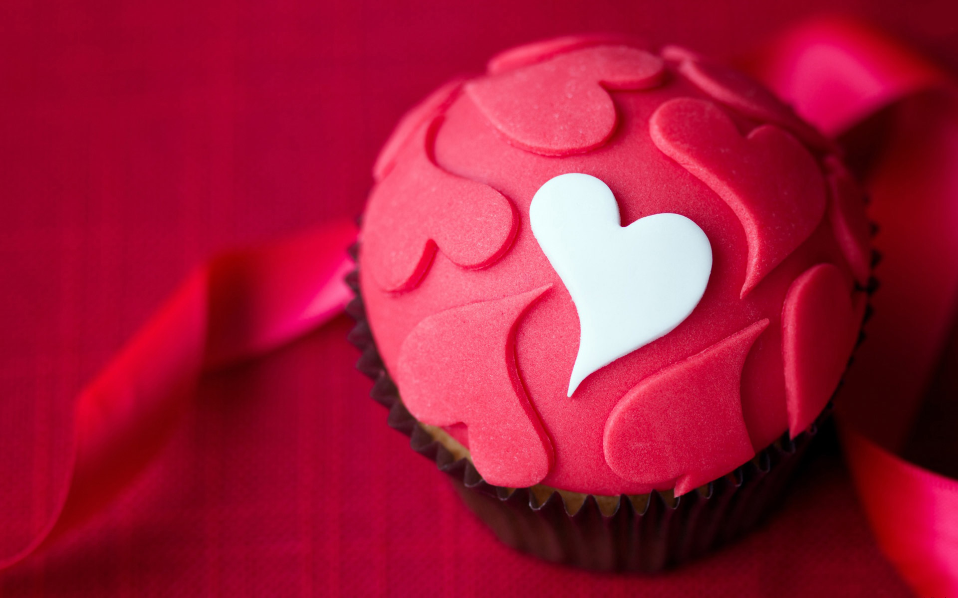 Download Hd Love Cupcake Wallpapers For Your Desktop Iphone And