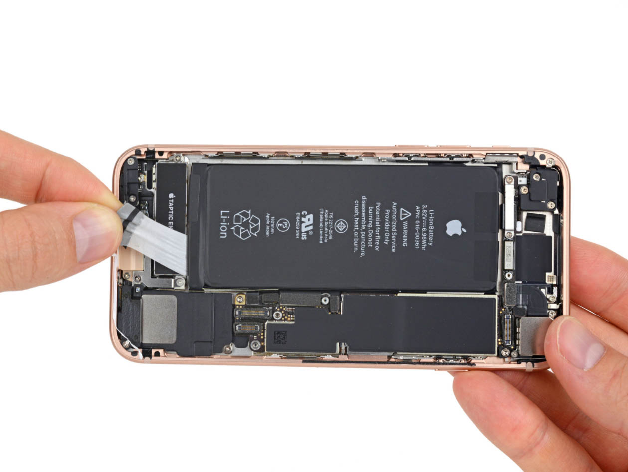 Apple will need to use bigger batteries in upcoming iPhones due to camera upgrades